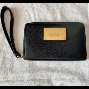 Marc Jacobs Pebbled Leather Wallet/Wristlet